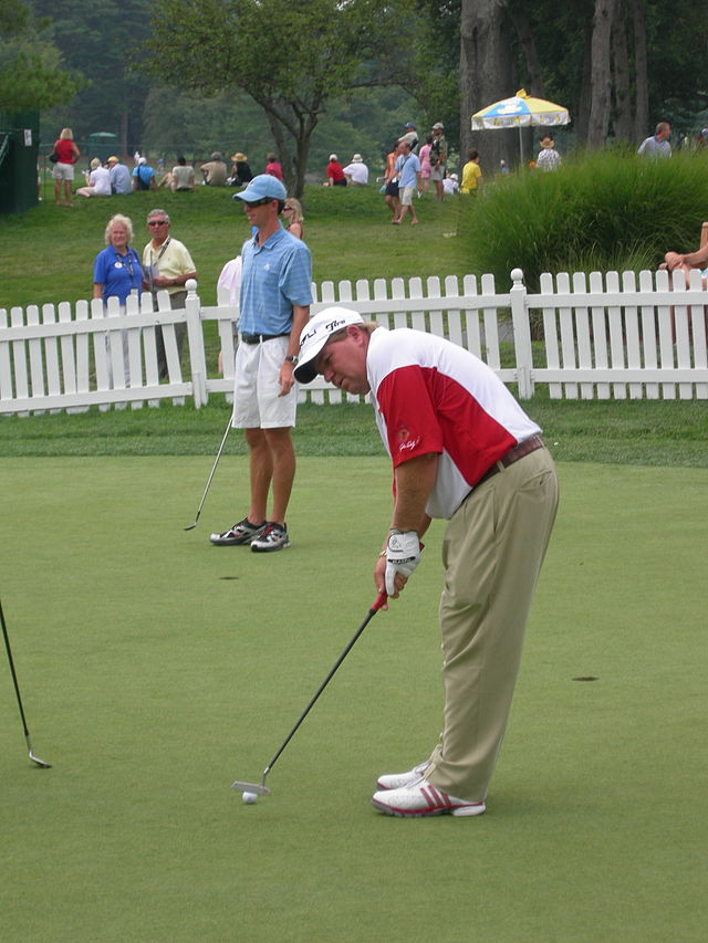 JohnDaly putting
